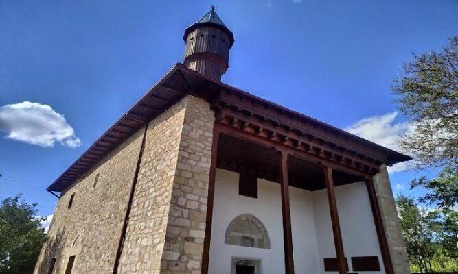 Daday İlçesinde Bulunan 650 Yıllık Çivisiz Tarihi Mahmutbey Camii