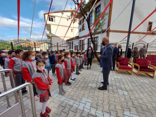 Kastamonu'da 2021-2022 Eğitim-Öğretim Yılı Törenle Başladı