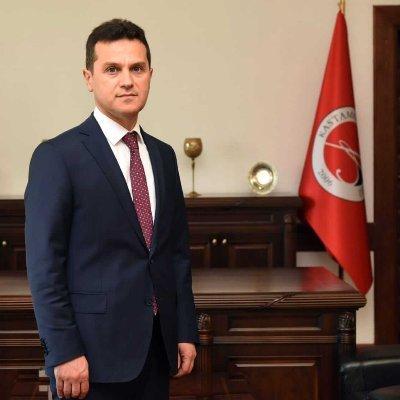 Kastamonu Üniversitesi Rektörü Prof. Dr. Ahmet Hamdi Topal Kimdir?